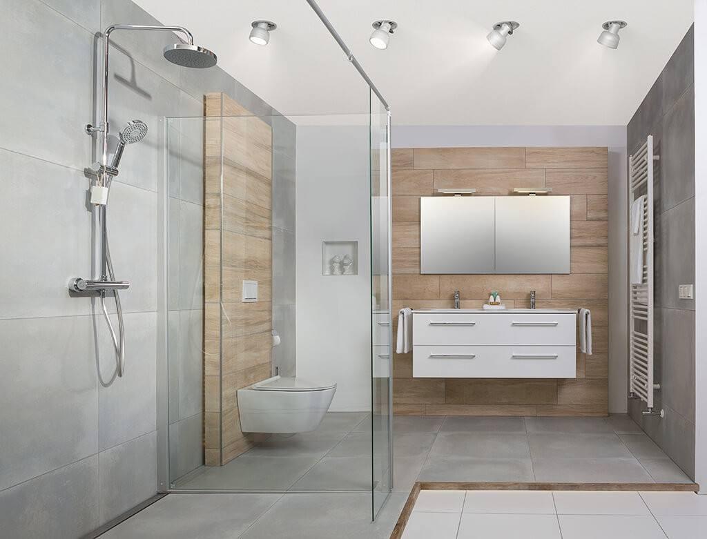 Badkamer strak aart van de pol